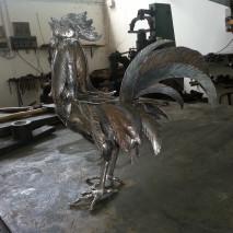 scultura gallo